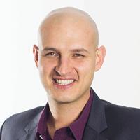 Rafael Baltresca, professor de mágica